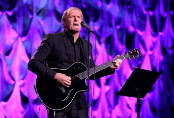 HOUSTON, TX - MAY 24: Singer Michael Bolton performs onstage at the fourth annual UNICEF Audrey Hepburn® Society Ball on May 24, 2017 in Houston, Texas. (Photo by Bob Levey/Getty Images for UNICEF)
