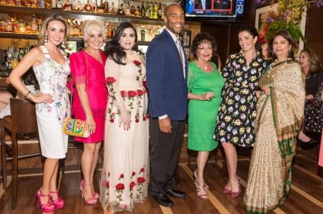 Maria Morales, Mary Tere Vidal, Maha Rasheed, George Foreman IV, Judy Nichols, Victoria Christian, Samara Rasheed