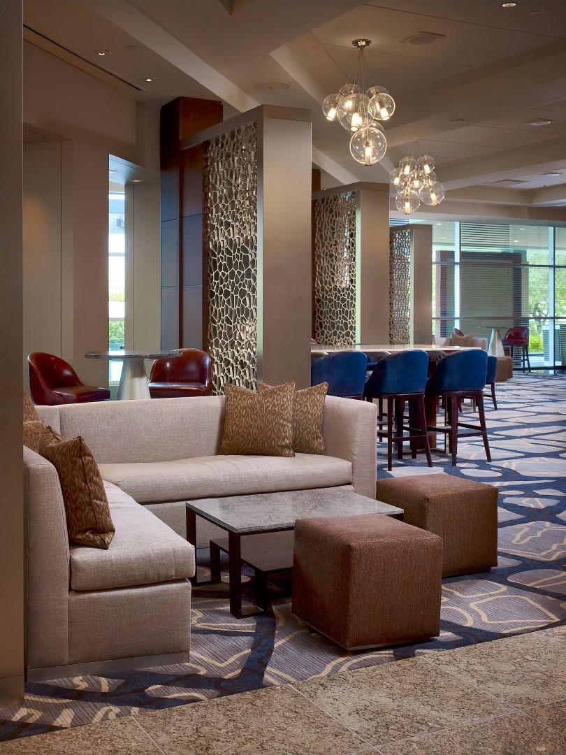 Royal Sonesta Houston - Axis lounge detail