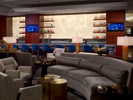 Royal Sonesta Houston - Axis lounge