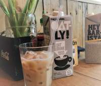 You'll want to try these Oatly treats @ Max's Sandwich Shop 84