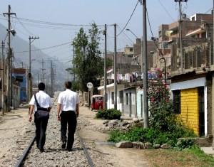 mormon-missionaries-walking