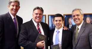David Archuleta Sings to Mormon Missionaries in New Zealand