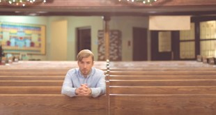 """Peter Hollens Celebrates #ASaviorisBorn with """"Mary, Did You Know?"""""""