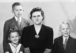 paast-bio-oaks-family