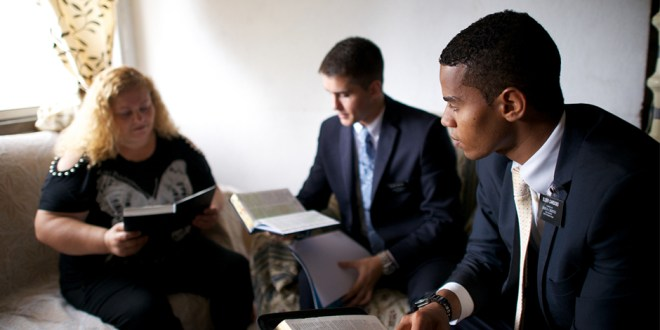 """LDS Missionaries to Be Called """"Volunteers"""" in Russia After Law Changes"""