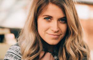 Kelsey Edwards - LDS MissionCast Host