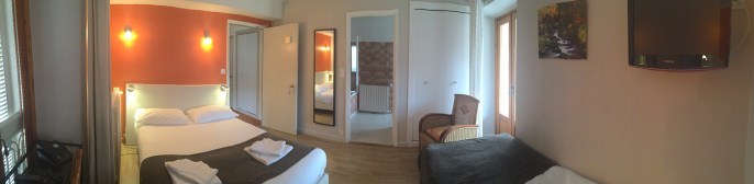Chambre N° 7. Hotel Le Chalet Ax les Thermes