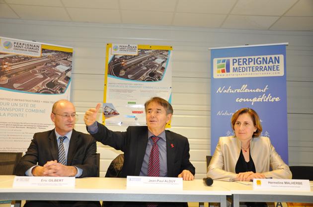 La mise en place d'un train de marchandises direct entre Perpignan St-Charles et le marché parisien de Rungis (gare de Valenton) le 16 décembre constitue la première réussite de la Société d'Economie Mixte Perpignan St-Charles Conteneur Terminal (PSCCT).