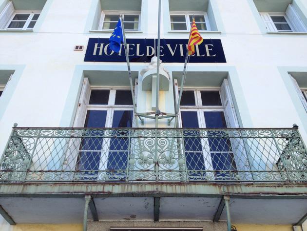 Port-Vendres... L'ancien maire socialiste, Michel Stréhaiano, rejoint la liste conduite par Pierre Leberger (PRG), pour affronter le maire sortant, Jean-Pierre Roméro (UMP), aux prochaines élections municipales.