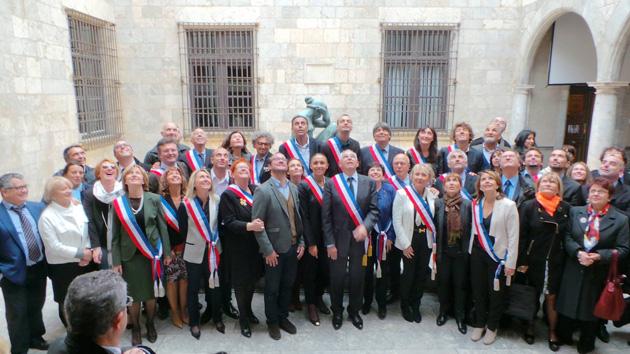 Jean-Marc Pujol et les conseillers municipaux de Perpignan