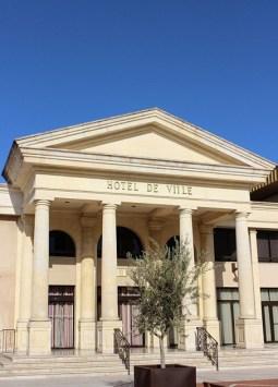 L'Hôtel de Ville place André Daugnac au Soler - Photo © le-journal-catalan.com