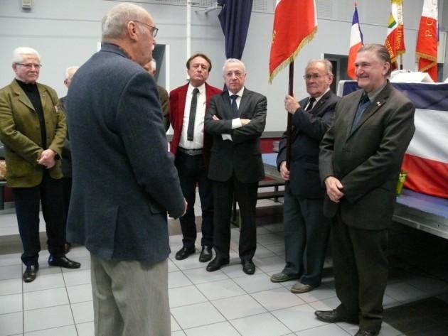 Gilbert Llong va obtenir la Croix du Combattant