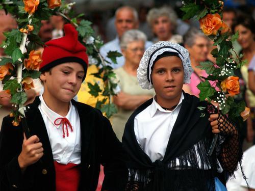 dansaires catalans