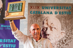 Lluís Llach distingit mb el premi Canigó a la 49a UCE.