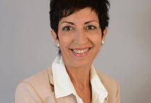 joelle-anglade-candidate-aux-elections-senatoriales-de-la-republique-en-marche