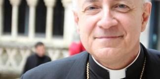 l'évêque de Perpignan à la cérémonie de la Saint Pierre à Saint-Cyprien