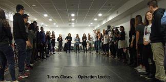 operation-theatre-et-debats-pour-les-lyceens-a-la-decouverte-de-terres-closes-de-la-cie-les-petites-gens