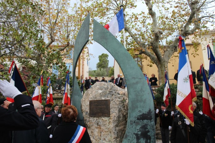 le-5-decembre-hommage-aux-militaires-et-aux-civils-morts-pour-la-france-durant-la-guerre-dalgerie-a-port-vendres