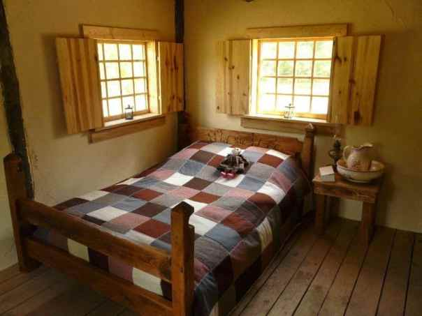 la-petite-maison-dans-la-prairie-en-moselle-yves-muller-chambre