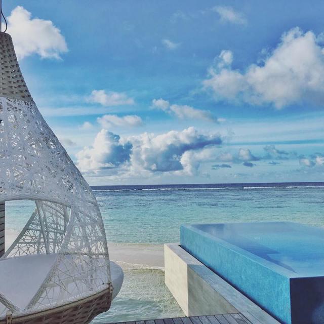 Welcome to Romantic Pool Villa luxsouthari oovatu paradise blue viewhellip