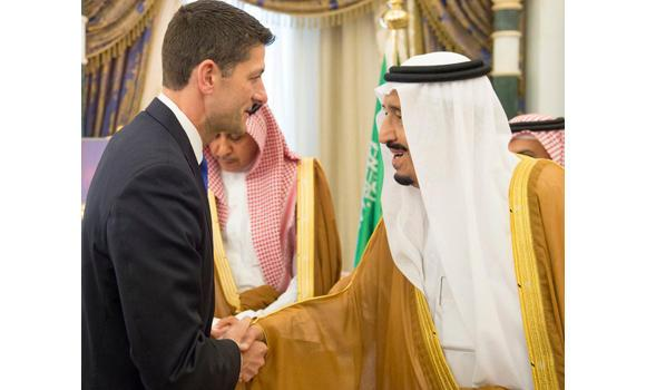 US Speaker of the House of Representatives Paul Ryan shakes hands with the Custodian of the Two Holy Mosques King Salman. (SPA)