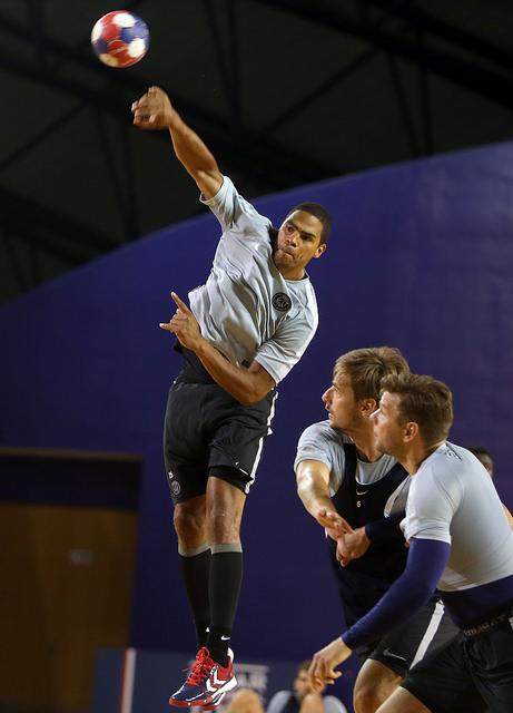 Handball : les «Experts» au scanner