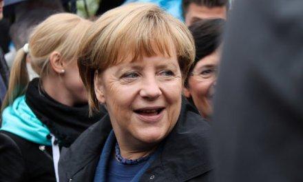 Allemagne : Angela Merkel officiellement candidate à un quatrième mandat