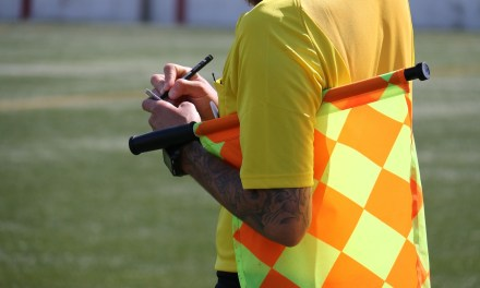 Tony Chapron suspendu «jusqu'à nouvel ordre» par la Fédération Française de Football