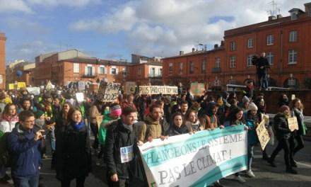 Photos. Une marche en faveur du climat