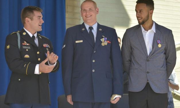 Les trois héros américains du Thalys ont été naturalisés français