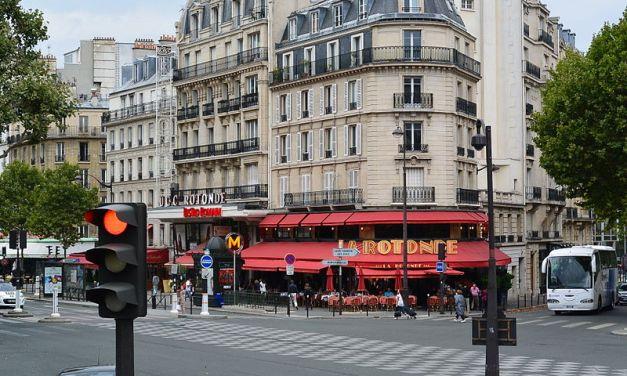 La célèbre brasserie La Rotonde visée par un incendie volontaire