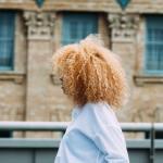 Toulouse. Les cheveux crépus/frisés oubliés de la coiffure