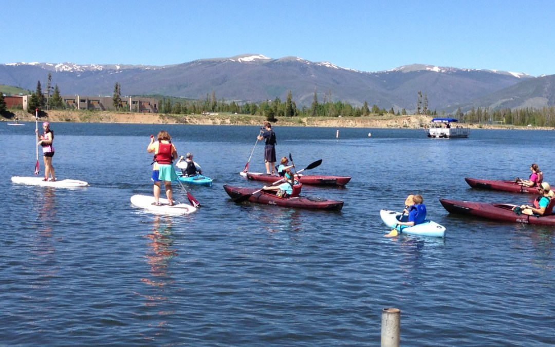 Team Building Lessons I Learned from a Family Kayak Adventure