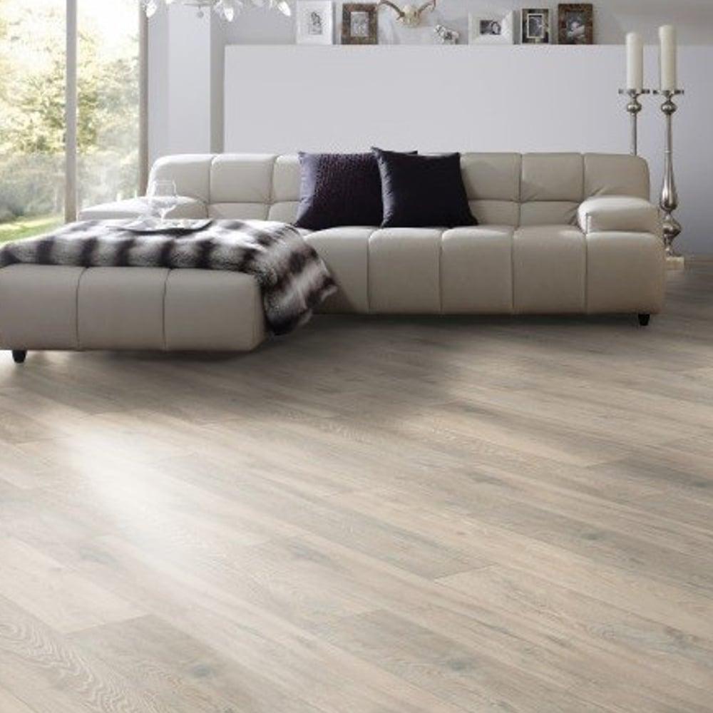 supernatural classic 8mm colorado oak laminate flooring 5543