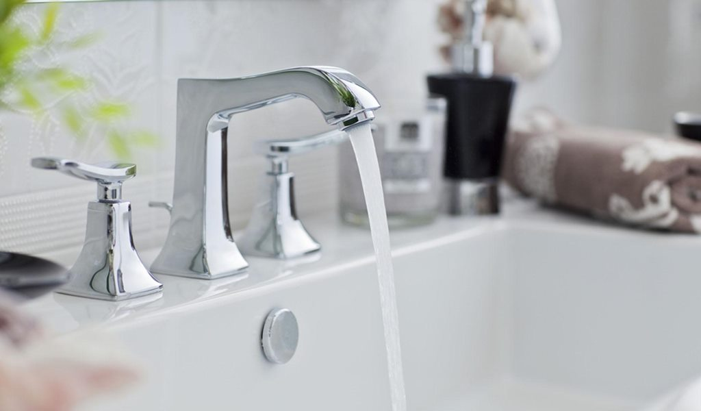 Running water from tap: water conservation