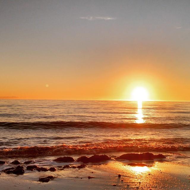 Final Santa Barbara beach sunset. Snowy North Dakota sunsets here we come.