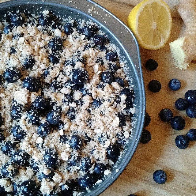 Waiting for this gingered blueberry lemon crumble tart to bake and cool is excruciating.
