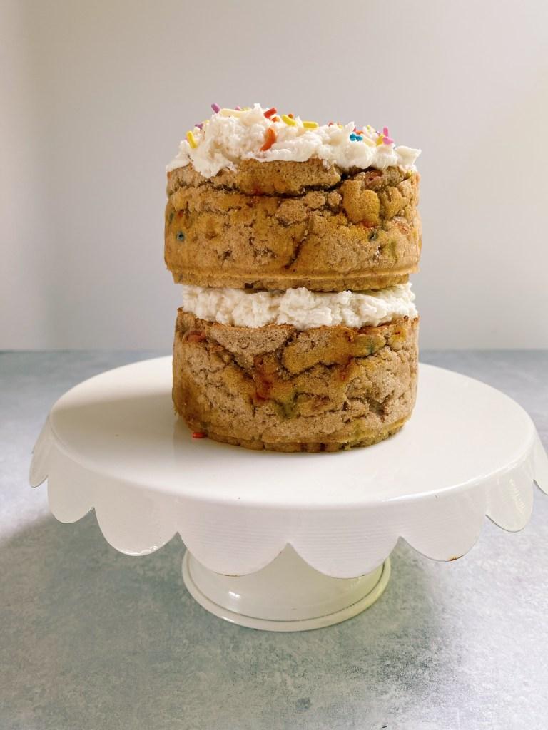 smash cake3 768x1024 - Healthy Smash Cake for Baby (dairy-free, gluten-free & egg-free)