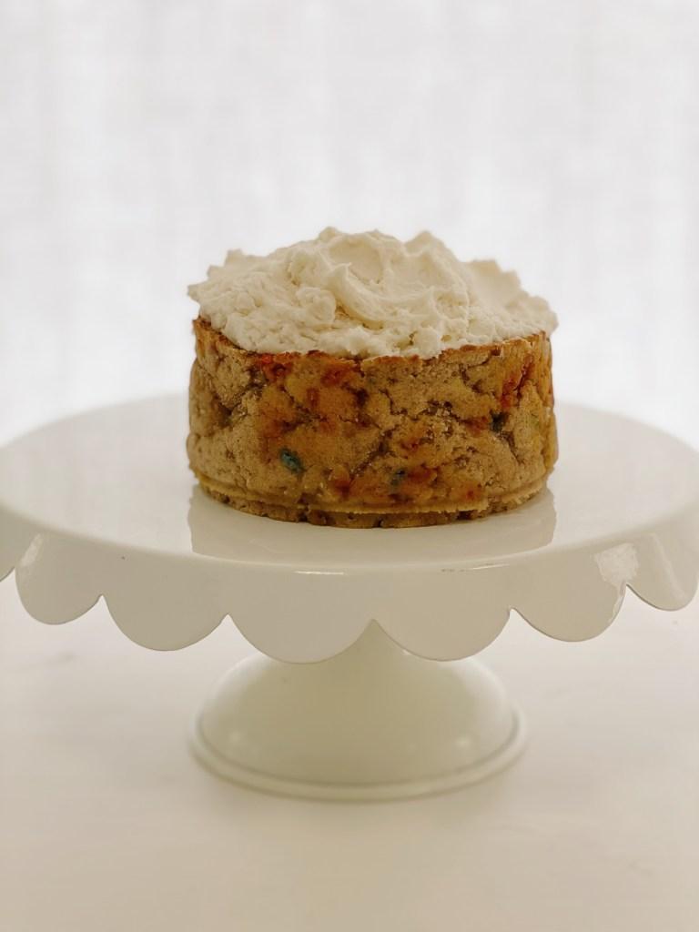 smash cake6 768x1024 - Healthy Smash Cake for Baby (dairy-free, gluten-free & egg-free)