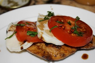 Scrumptious Sunday-Chicken Caprese