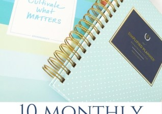 10 tips to keep YOU organized each month