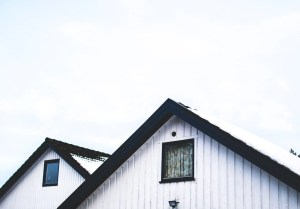 El precario y el comodato: ¿en qué consisten y cuáles son sus diferencias?