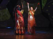 Leandra Ramm picture, singing and wearing Indian traditional Sari dress