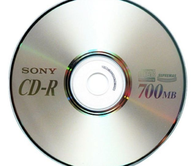 Cd R 700 Mb