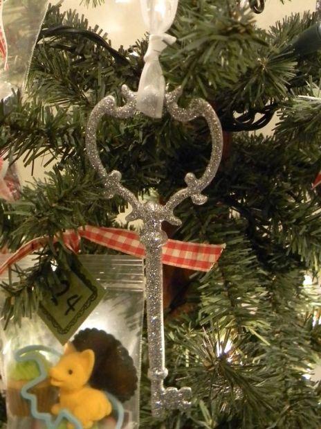diy glitter christmas ornaments