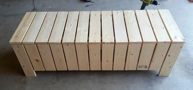 DIY outdoor coffee table storage bench tutorial