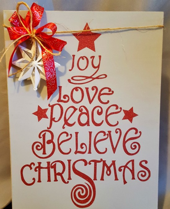 Cricut Christmas decor