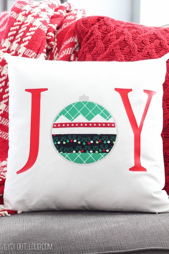 joy no sew christmas pillow