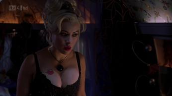 Bride-Of-Chucky-jennifer-tilly-28949789-1920-1080